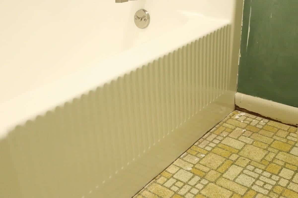 Photo of the front of white DIY refinished bathtub