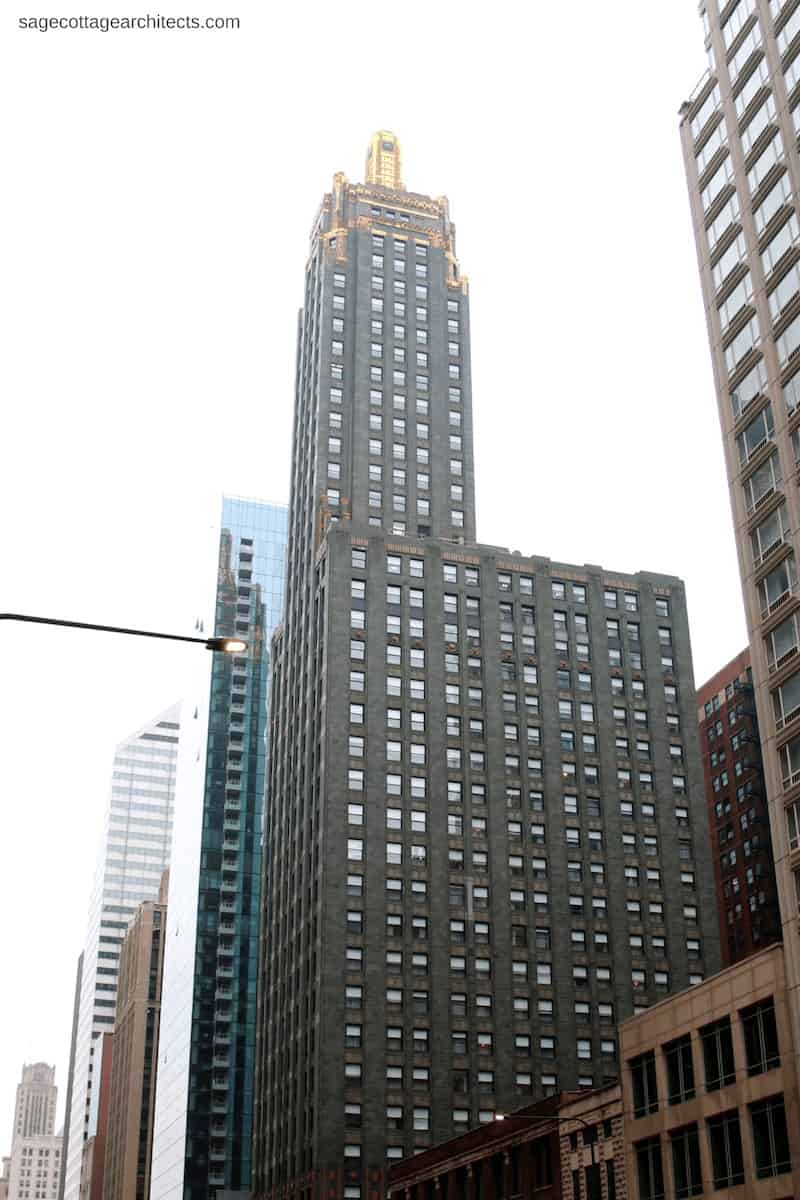 Chicago's Art Deco Carbide and Carbon Building - skyscraper with dark green body and gold top