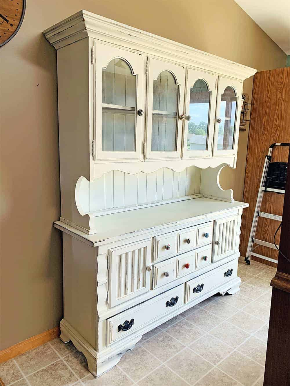 white dining room cabinet