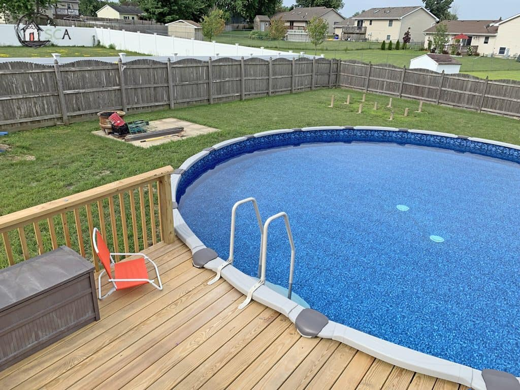 How to Choose an Above Ground Pool for Your Backyard 1